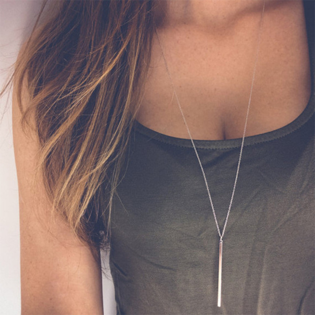 brixini.com - The Minimalist Bar Necklace