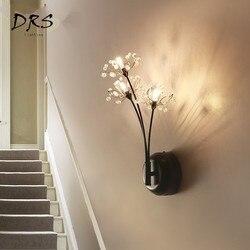 Nowoczesny kreatywność ścienne dmuchawiec lampa dekoracja sypialni 3 szef kryształ przejściach i korytarzach ściany światła Nordic kryty lampka nocna LED abażur