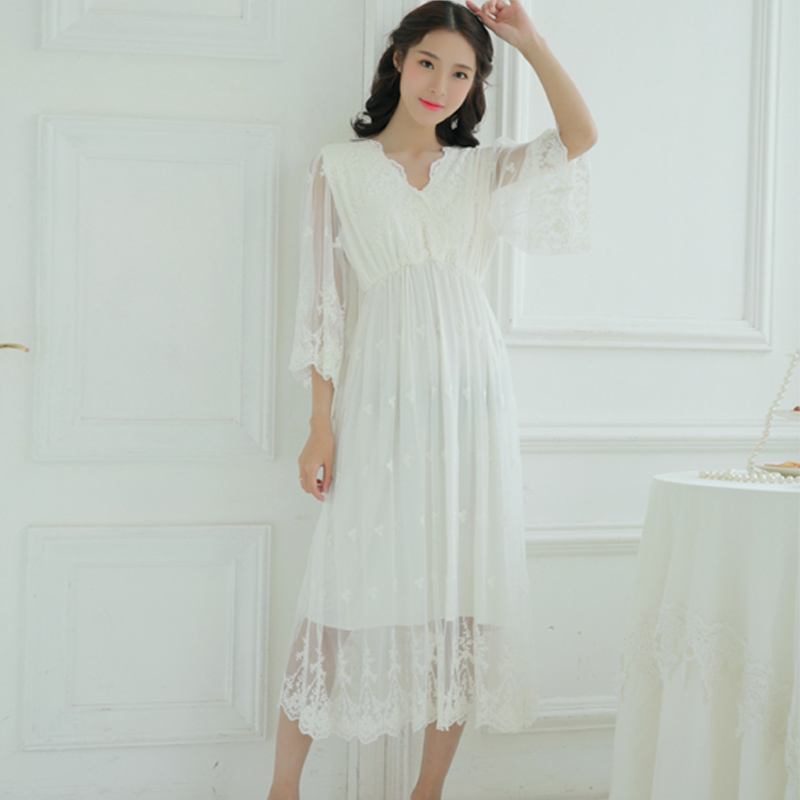 5cdd550778 Summer woman sexy sweet short sleeved gauze embroidery pure cotton lace  dress classic home furnishing nightdress-in Nightgowns   Sleepshirts from  Underwear ...