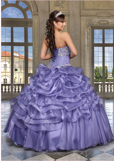 5b2f07c5109 Vintage Victorian Gothic Style Beaded Sweetheart Bodice Corset Regency Ball  Gown Quinceanera Dresses 2015-in Quinceanera Dresses from Weddings   Events  on ...
