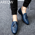 AREQW 2017 New Oxford Shoes Breathable Action Leather Men's Flat-bottomed Shoes Men's Spring Summer Casual Shoes