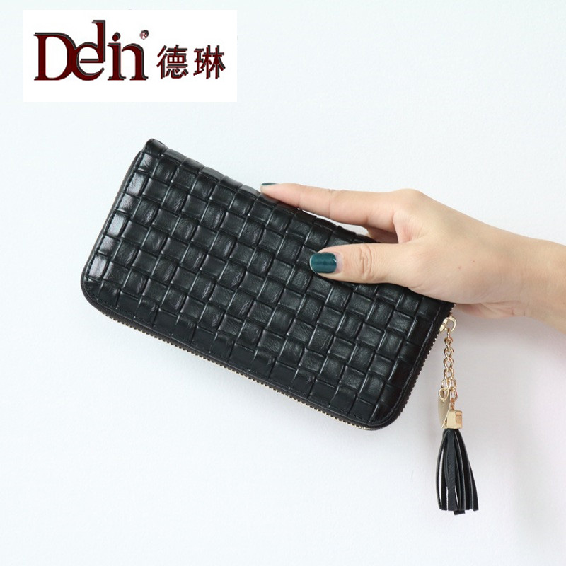 DELIN  woven purse wallet is to buy 2017 new female long single zipper fashionable tassel clutch