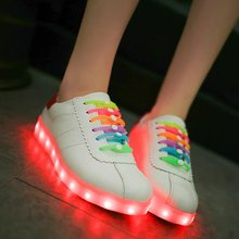 2017 Glow Adult Led Shoes Usb Luminous Light Up Shoe Chaussure Lumineuse Colored Laces Casual White Ladies Zapatos Mujer