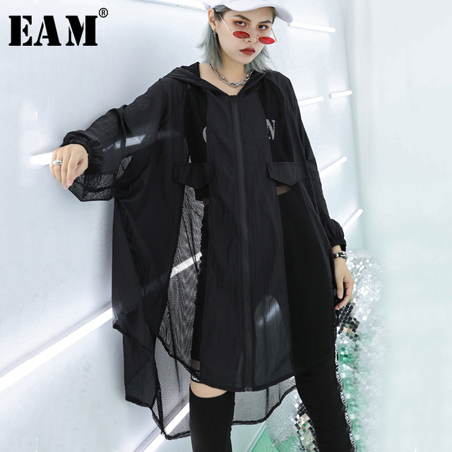 [EAM] 2019 New Spring Summer Hooded Long Sleeve Black Perspective Mesh Big Size Thin Windbreaker Women Trench Fashion JU640