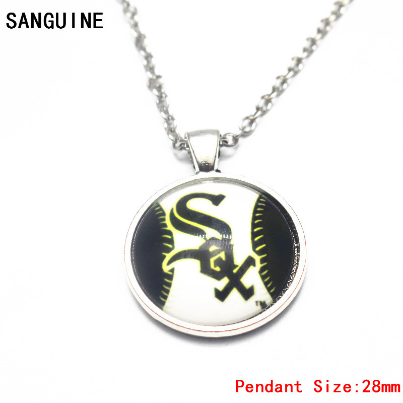 1pcs Baseball Vintage Round Chicago White Sox Glass Pendant Necklace With 50cm Chain For Women Sports Necklace Jewelry