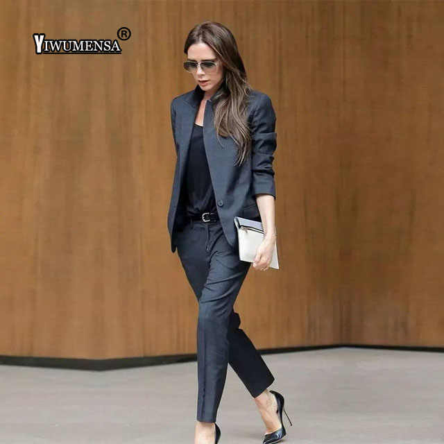 Пользовательские Темно-серый женские Бизнес костюмы женские офисные форма Женские Брючные костюмы Формальные женские смокинг комплект из 2 частей блейзер