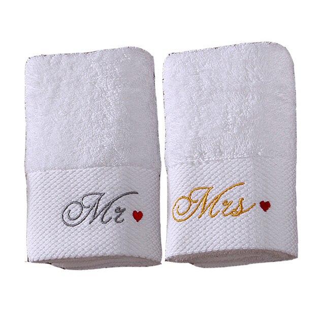 Idouillet白い綿風呂またはハンドタオルで氏/mrs。刺繍セットの2婚約結婚記念日ロマンチックなカップルギフト