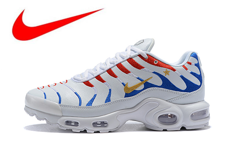 b0463b6981b89 New Arrival Original Nike Air Max Plus Men s Breathable Running Shoes Sports  Sneakers Trainers outdoor shoes