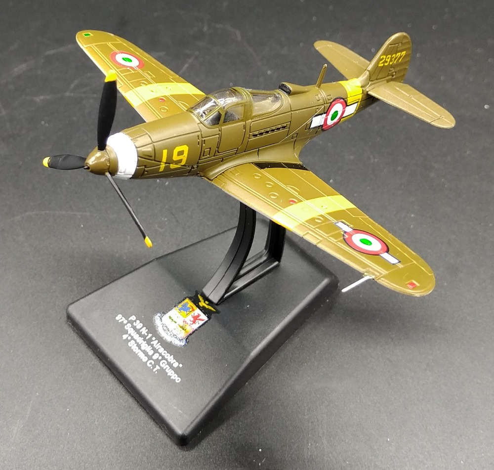 цена на Value Out of print LEO 1: 100 World War II Italian Air Force P39 N-1 fighter model Alloy aircraft model Collection model