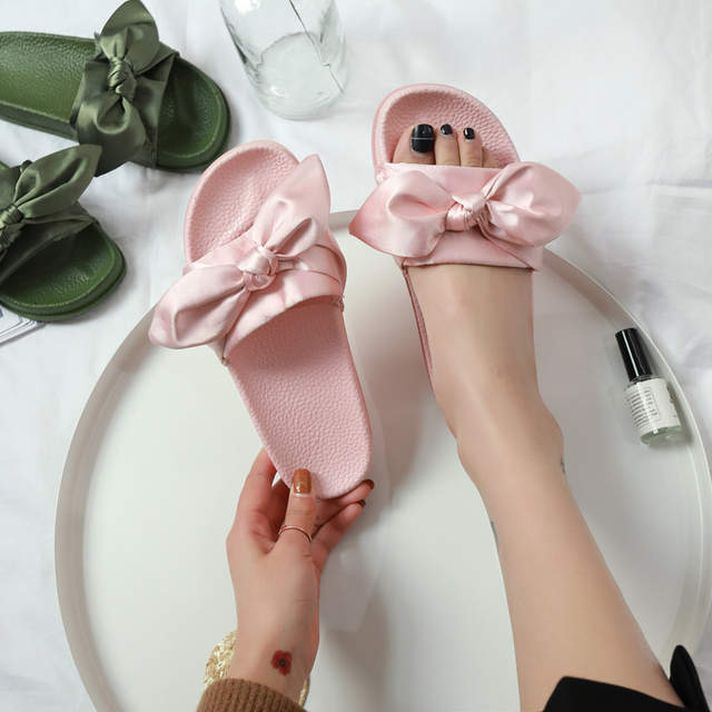 33b5e27e25 US $6.99 |big size36 45 Women sandals Fashion slippers Prevent wear  resisting beach Lovers shoes cartoon butterfly knot white black-in Low  Heels from ...