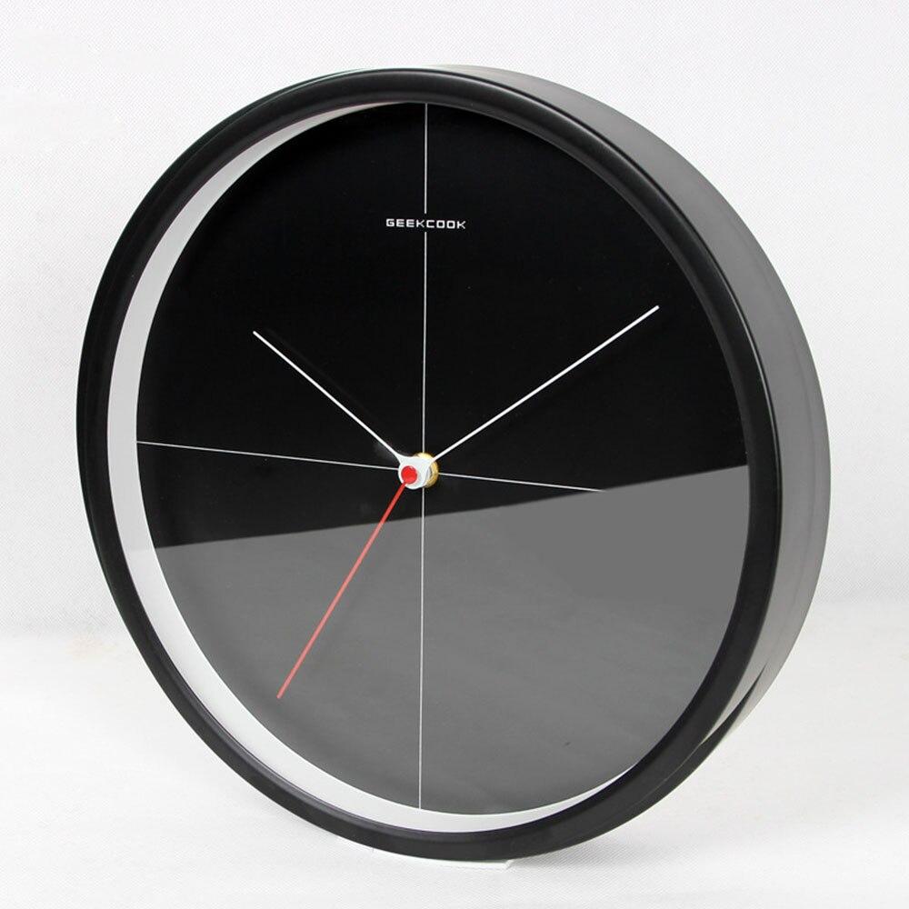 Horloge murale scandinave moderne en métal décor à la maison horloge murale ronde noire et blanche minimaliste