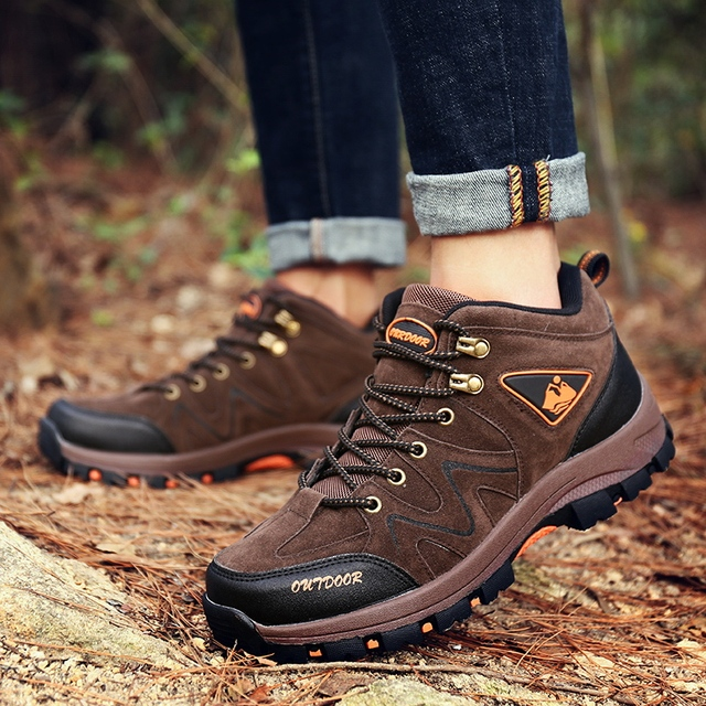 Clorts Hiking Boots Men Mid-cut Breathable Mountain Boots Non-slip Trekking Tactical Boots Military Rock Climbing Shoes