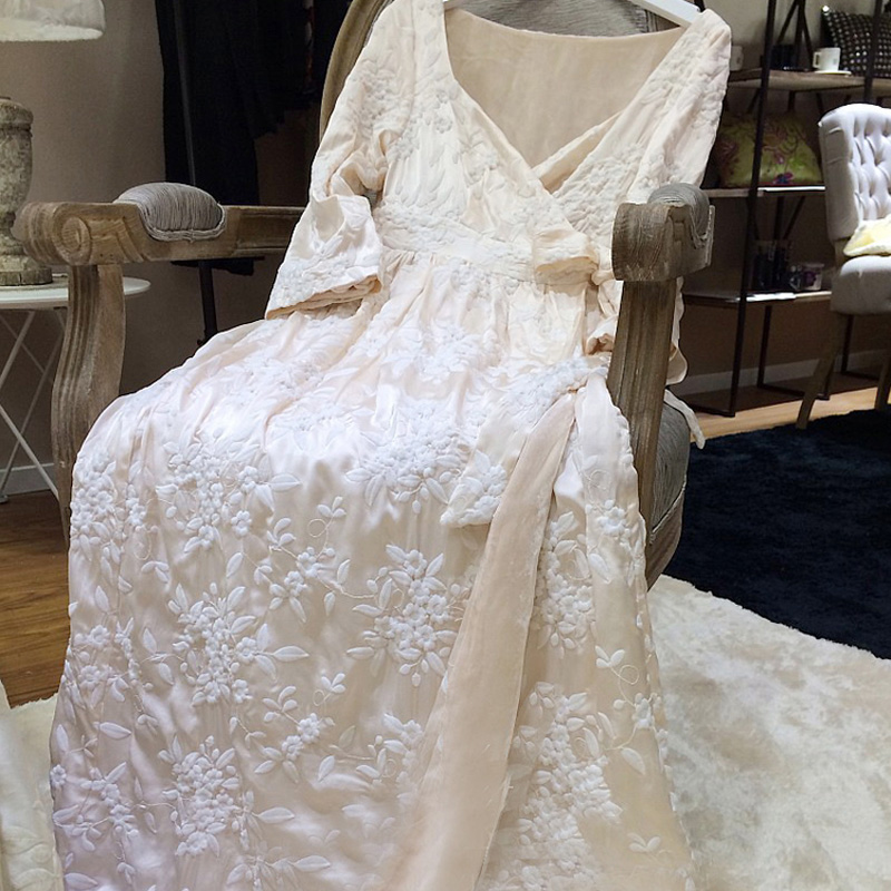 Robe femme longue chemise de nuit broderie peignoir pour dames princesse maison vêtements vêtements de nuit féminins salons Homewear de haute qualité - 4