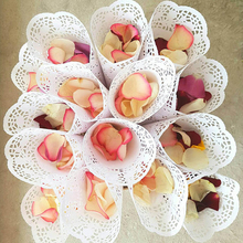50pcs Wedding Confetti Cones Petal Candy Holder Party Favors Lace Paper Crafts Ready To Use Marriage Decorative Supplies