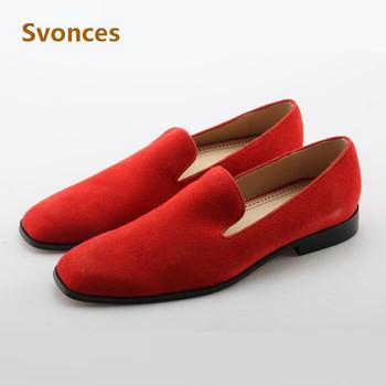 2018 moda stałe czerwone stado męskie buty w stylu casual niskie obcasy dno mokasyny człowiek duży rozmiar Zapatillas Hombre mieszkania szpilki człowiek tanie i dobre opinie Dla dorosłych Przypadkowi buty Krowa Zamszu Gumowe Pasuje prawda na wymiar weź swój normalny rozmiar Red Bottom Sneakers Series