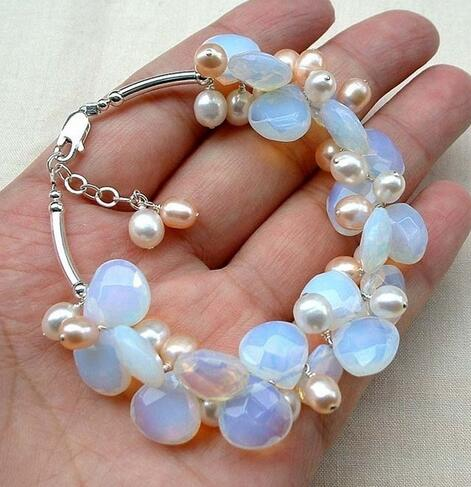 Stunning pink white pearl hand and moonstone bracelet>>> women jewerly Free shipping