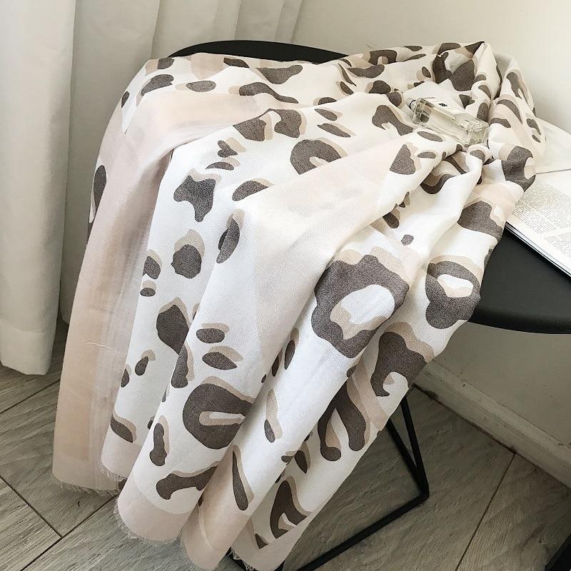2019 Women Antumn Winter Fringe   Scarf   Luxury Brand Leopard Dot Viscose   Scarves     Wrap   Long Pashmina Shawls Hijab Muslim Headbands
