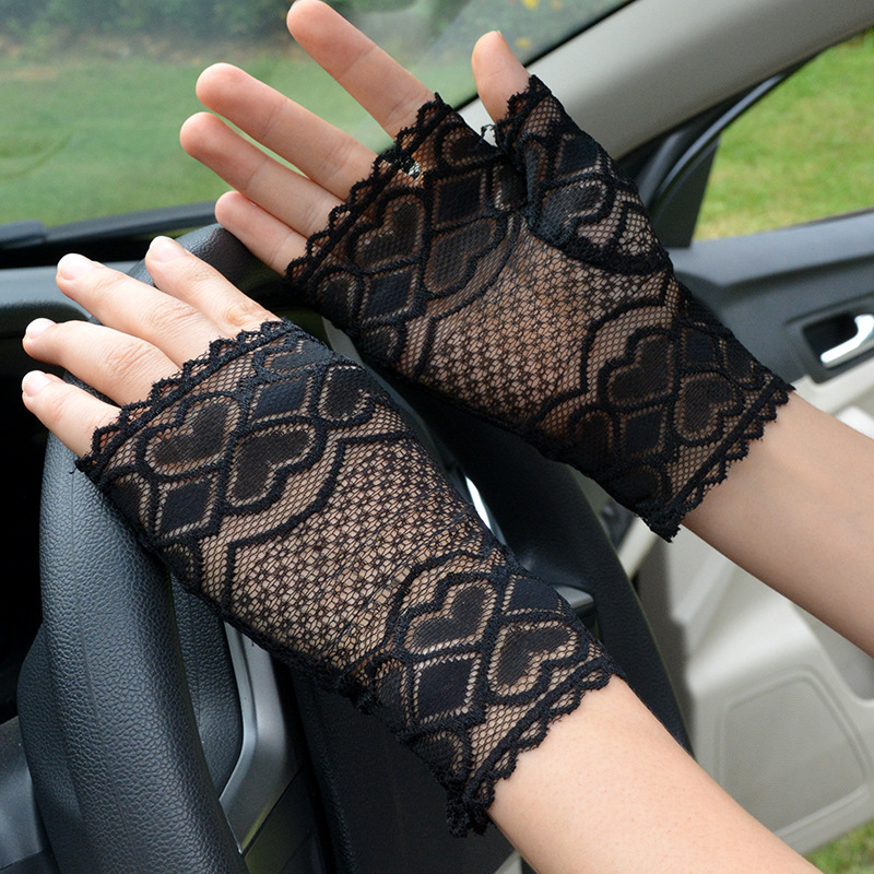 Fashion Short Women Lace Gloves Summer Black Driving Gloves Fingerless Half Mittens Elegant Sexy Dance Gloves Female AGB239