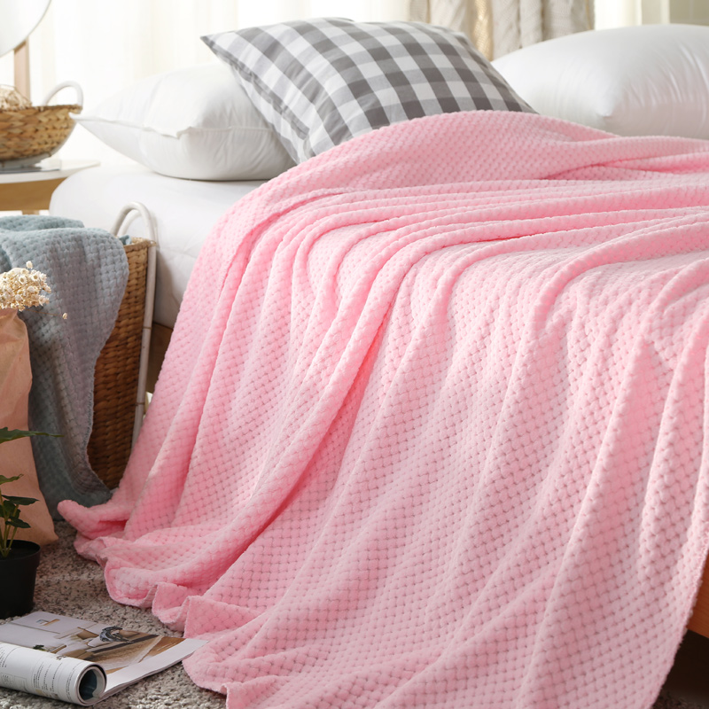 2017 New Arrival Flannel Blankets Throws Solid Color on Sofa Bed Plane Travel Size 180*200cm Mesh Blanket 4 Colors Available  american lattice blanket sofa decorative slipcover throws on sofa bed plane travel plaids rectangular color stitching blankets
