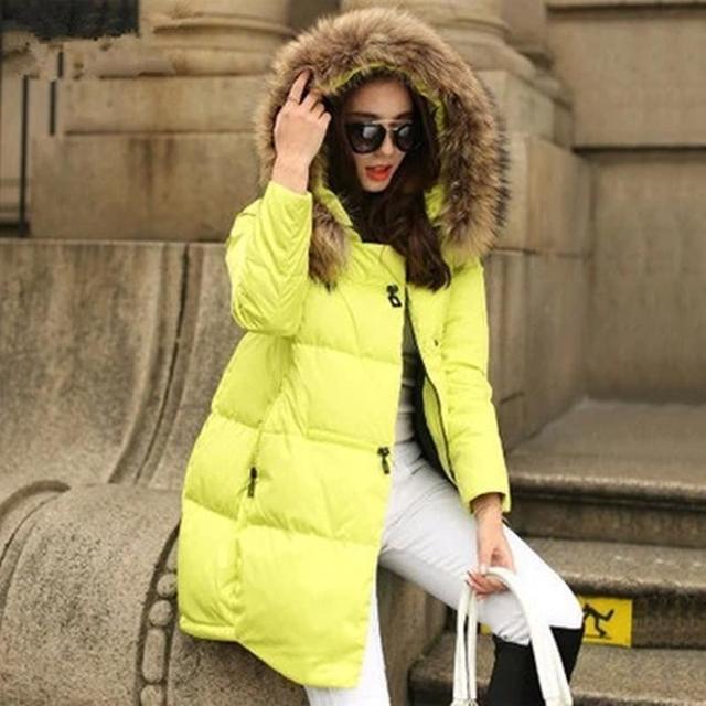 Novas Mulheres Casacos Jaquetas 2016 Mulheres Jaqueta de Inverno Gola De Pele Casaco de Inverno Mulheres Parka Com Capuz Jaqueta Com Zíper