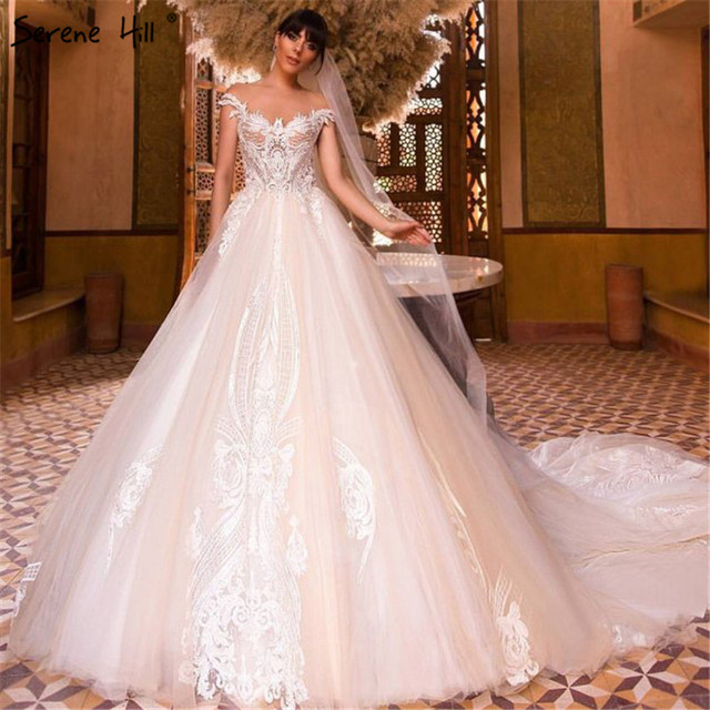 New High-end Vintage Sleeveless Princess Wedding Dress 2019 Beading  Sequined Sexy Fashion Bridal Gown Real Picture 50985f372b98