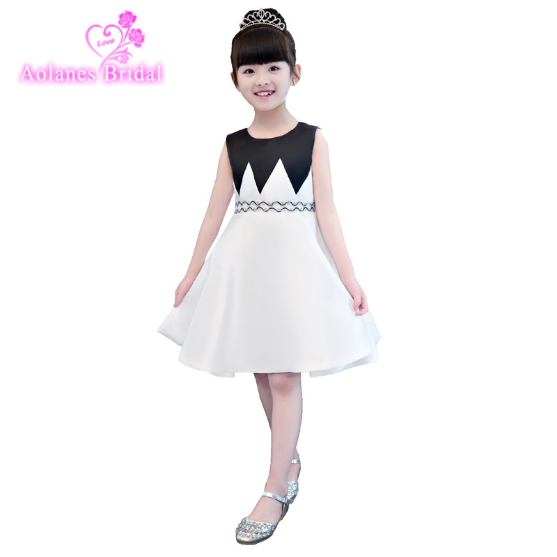 Elegant First Holy Communion Black White Pageant Dress for Girls Sleeveless A-line Satin Children Graduation Dress Gown 2017