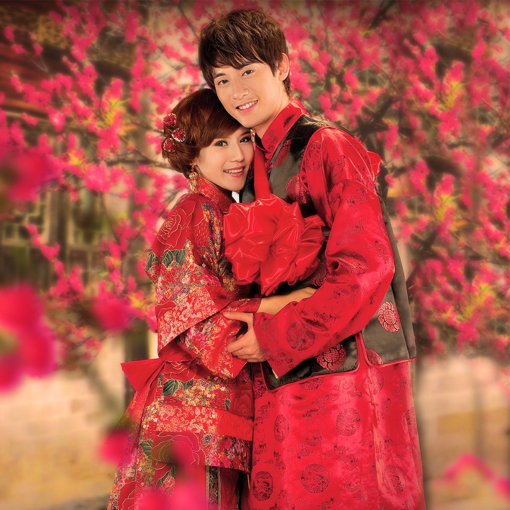 Chinese style wedding bride and groom Red Black costume suits embroidered toast Couple Economical Garment le chinois mariage