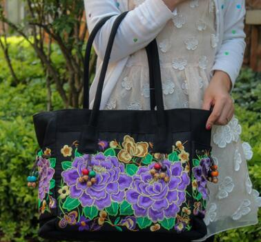 2017 CHINA National Women Handbag Ethnic Embroidery Lady Totes Double Flower Shoulder Bag  Floral Embroidered shoulder bag 2016 summer national ethnic style embroidery bohemia design tassel beads lady s handbag meessenger bohemian shoulder bag