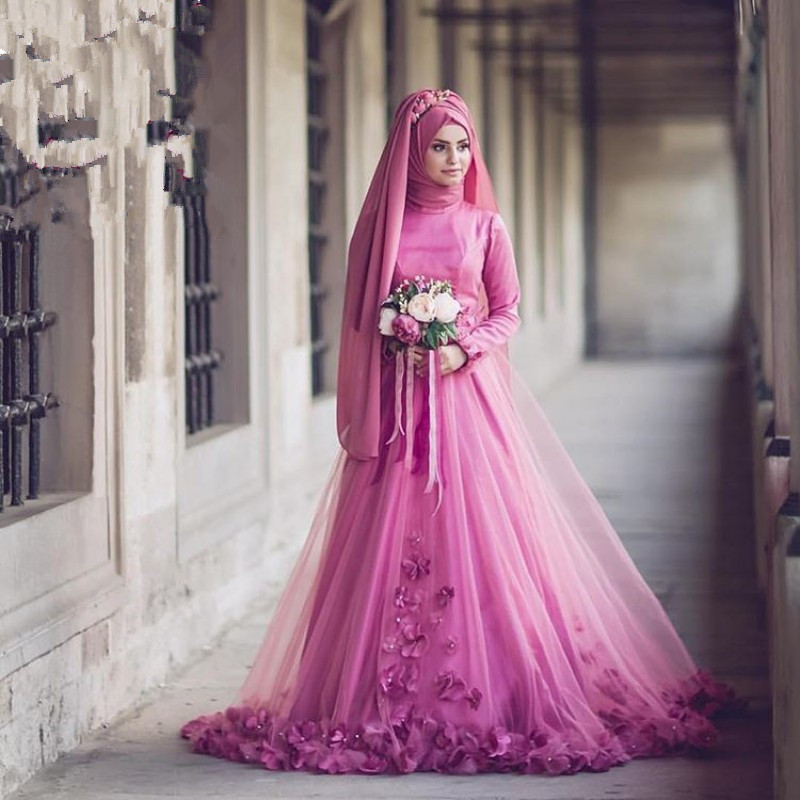 Flower Appliques Muslim Wedding Dress Size Color Customized Long Sleeve Floor-length Halter Bridal Dress Muslimsk Badedrakt