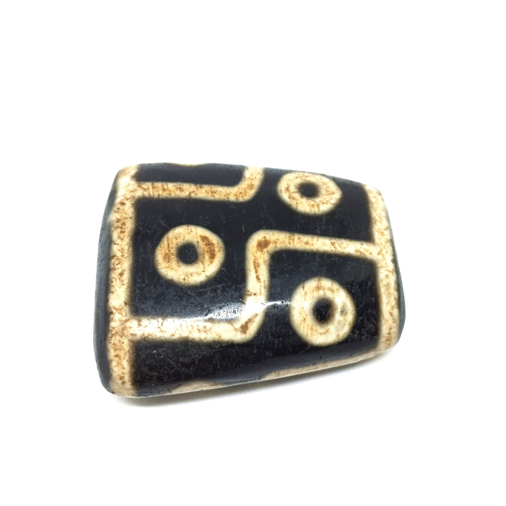 Special DZI beads Hearts 8eyes 2 eyes tiger tooth Trapezoid shape Old Black and White Natural