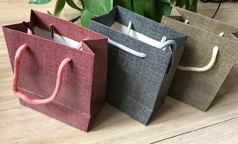 5 X Hardpaper Gift Bags With Handles Party Gift Paper Bags