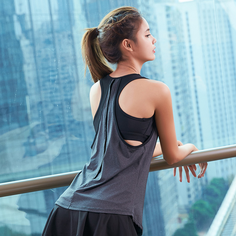 a5135925d9 Sport Yoga Vest Sexy Women Tank Tops Fitness Workout Gym Running Shirt  Breathable Sportswear Sleeveless Padded Loose T-Shirts