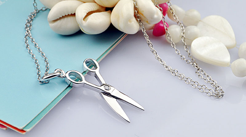 Girls Fashion Scissors Pendant Necklace Creative 100 925 Sterling Silver Chocker Woman Chain Solid silver Jewelry Wholesale in Pendant Necklaces from Jewelry Accessories