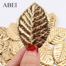 Hojas pequeñas de seda Artificial de alta calidad doradas para Navidad, decoración para fiesta de boda artesanías hechas a mano, adornos DIY 50 Uds.