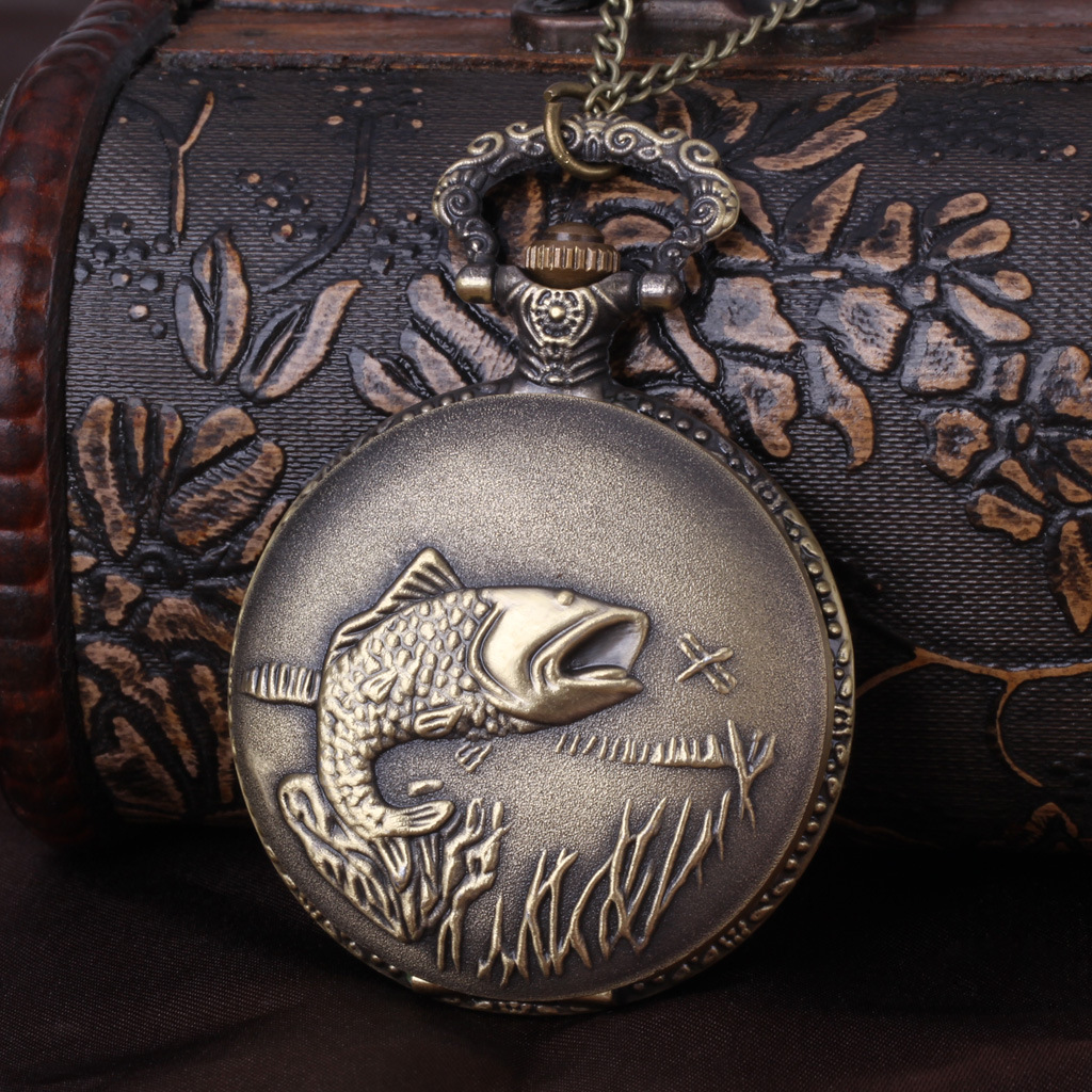 Vintage Big Size Bronze Craved Fish White Surface Retro Best Gift Pocket Watch With Waist Chain