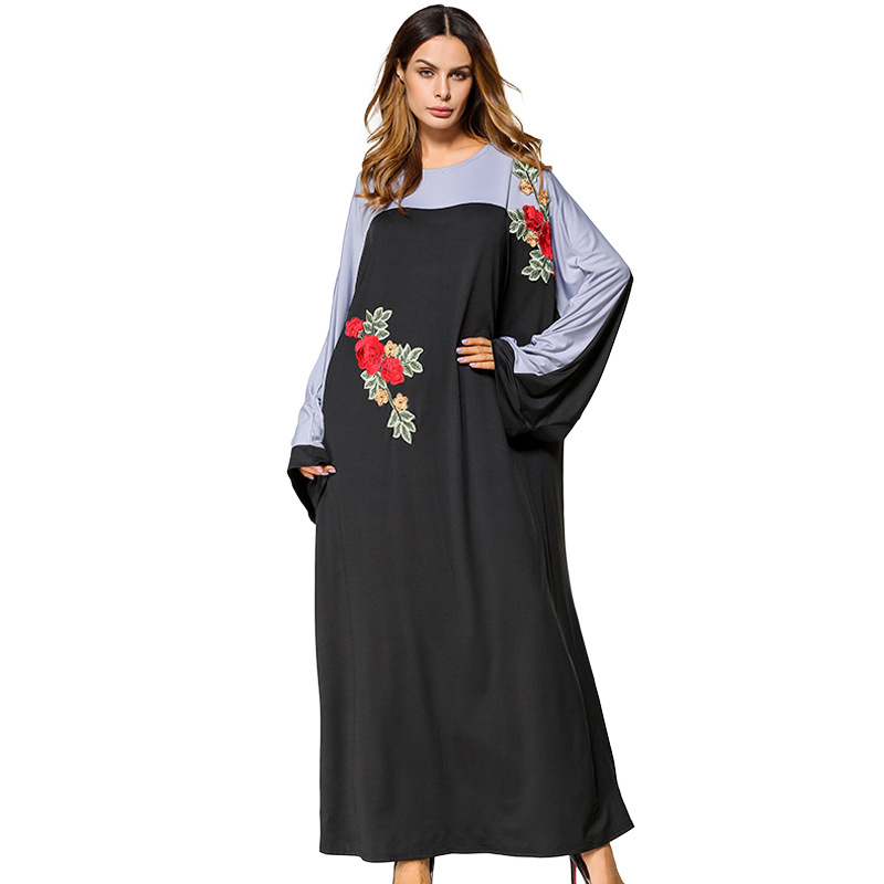 R185433# Plus Size Muslim Dresses Bat Sleeve Loose Embroidered Dress Long Mideast Womens Gown Abaya Mujer Vestidos