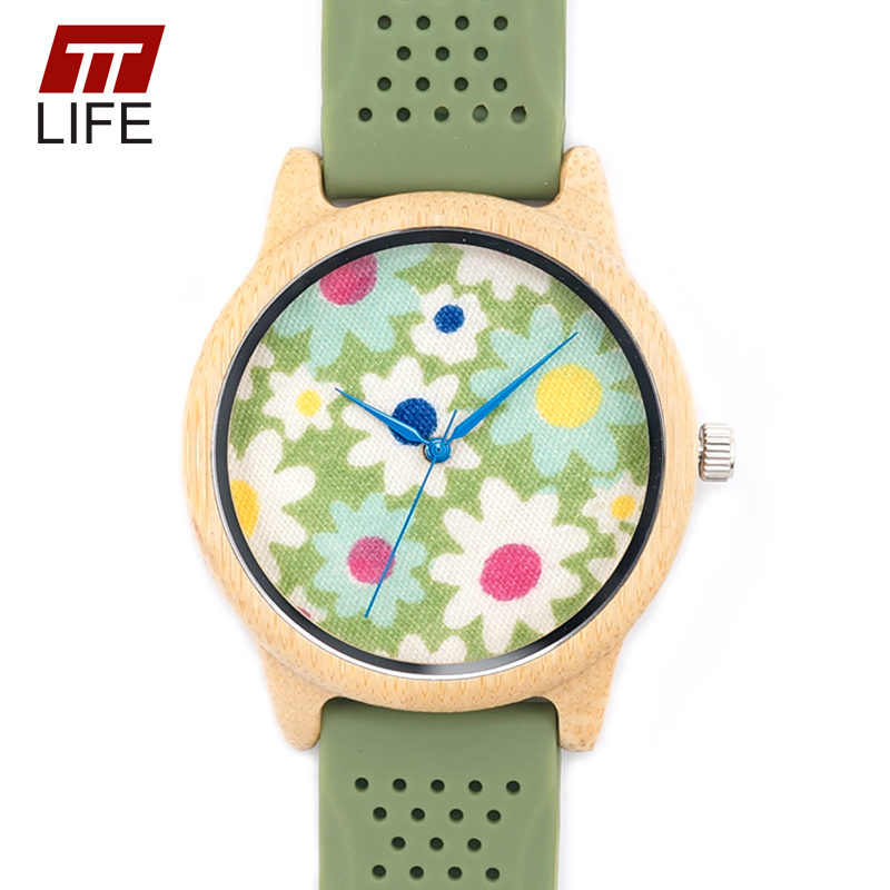 ФОТО TTLIFE Green Flowers Dial Woodenwatches Country Style Green Silicone Band Buckle Bamboo Quartz Watch with Metal Box D217 2017
