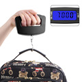En todo el mundo 1 unids 50Kg/10g LCD Digital Electrónica Portable Colgante de Equipaje Peso de Ancho Gancho Escala