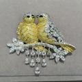 Amarelo Duplo beijo aves pinos broche de prata esterlina 925 com zircão cúbico Romantic mulheres moda jóias de qualidade superior