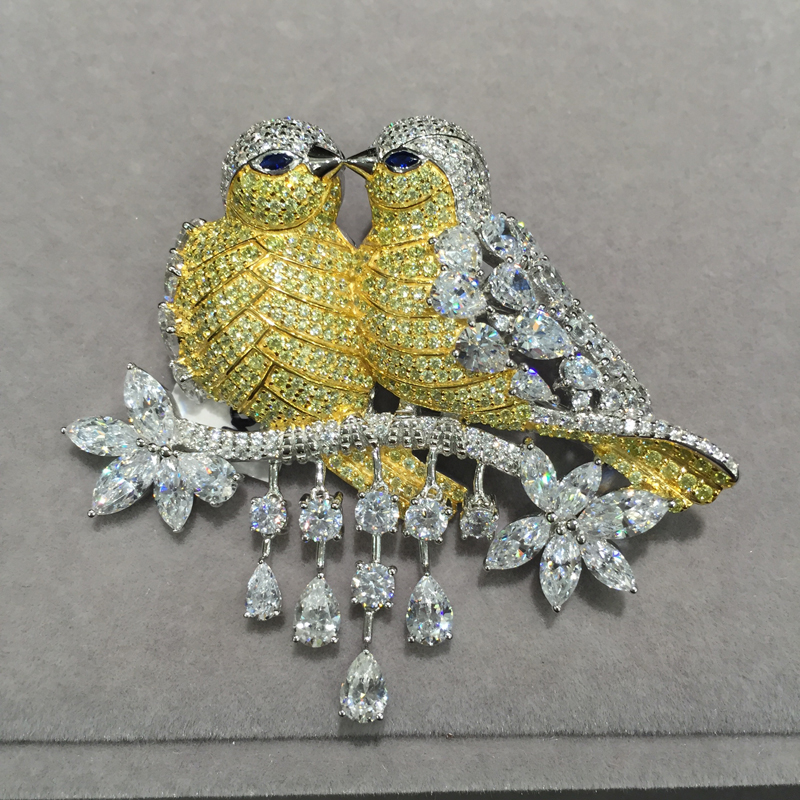 Yellow Double kiss birds brooch pins 925 sterling silver with cubic zircon Romantic fashion women jewelry top quality romantic yellow rose brooch flower brooch solid silver with cubic zircon fashion women jewelry for dress or coat