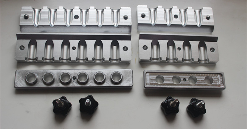 12.1mm 4/6cavities/holes aluminum lipstick mold ( beak ) plastic injection mold for car monitor shell in 2 cavities