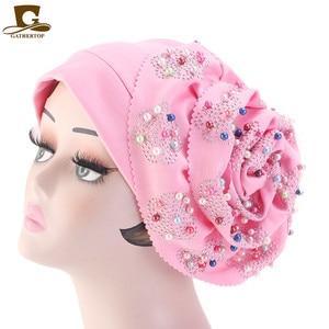 Image 2 - Moda feminina de luxo muçulmano hijab frisado rei flor turbante headwrap quimio turbante senhoras bandanas acessórios para cabelo
