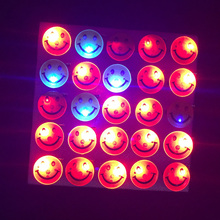 Led toys glow in the dark led flashing light up smile brooch toys glow brooch disco KTV party christmas halloween brooch 50pcs