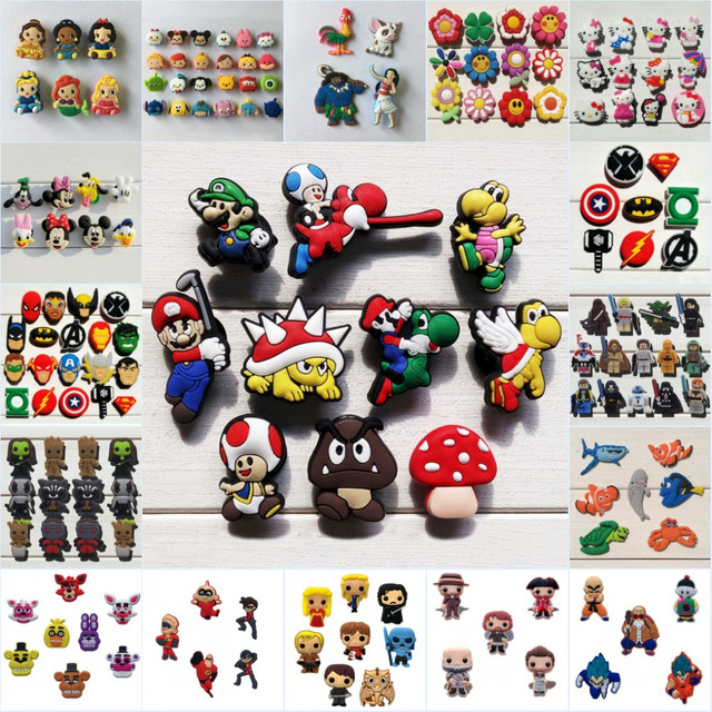 5033c803124c 100pcs lot Finding Dory TSUM Avengers Star Wars Mickey Cartoon PVC Shoe  Charms Accessory Buckles Fit Bracelets Croc JIBZ Gift