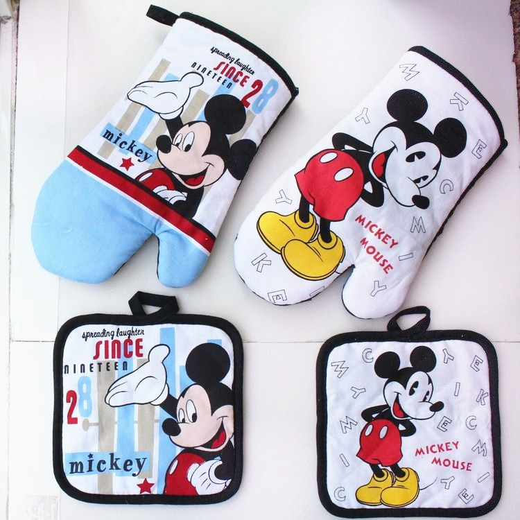 Luckport Store Mickey Mouse Microwave Glove Potholder Bakeware Blue and White 100% Cotton Oven Mitts and Potholder mat for BBQ or Kitchen