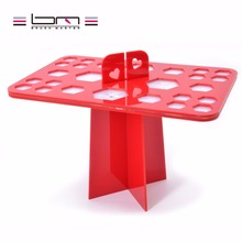 sy 1 Set Makeup Brushes Stand Acrylic Dry Brushes Holders beauty red color make up tools