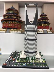 Image 1 - YZ חדש העולם מפורסם ארכיטקטורת בריטניה מגדל 3D Taibei 101 דגם DIY 4692pcs מיני בניין יהלומים בלוקים צעצוע ילדים