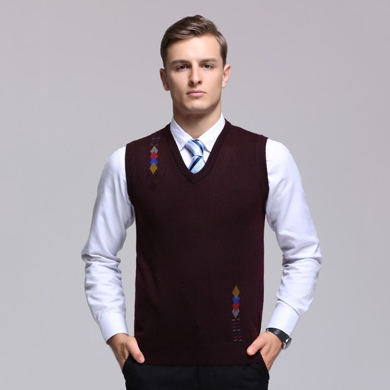 New Design 2017 Autumn Business Mens Wool Knitted V-neck Sleeveless Sweater Classic Fashion Argyle Cashmere Knitted Vest