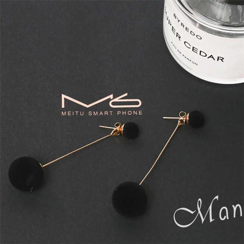 여자를위한 패션 레드 블랙 플러시 볼 드롭 귀걸이 한국 성격 라운드 긴 술 귀걸이 성명 쥬얼리 선물
