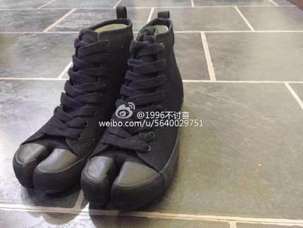 Cakucool nuevos zapatos de lona Tabi Ninja de mujer de Punta dividida Casual Zapatillas altas de diseño japonés de mujer de encaje plano chica negro zapatos-in Zapatos planos de mujer from zapatos    1